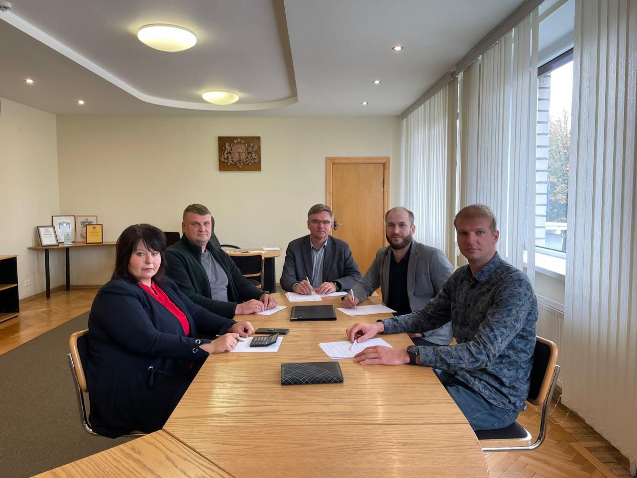 Turpinās Rēzeknes novada domes koalīcijas veidošanas sarunas